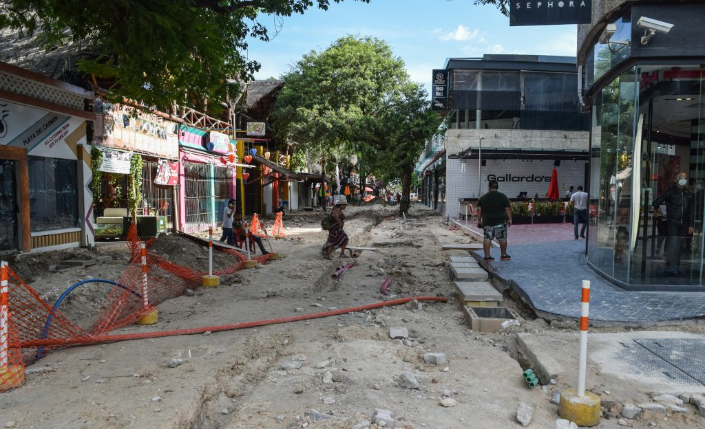 Photo of Playa del Carmen's 5th Avenue looking south, showing construction of street